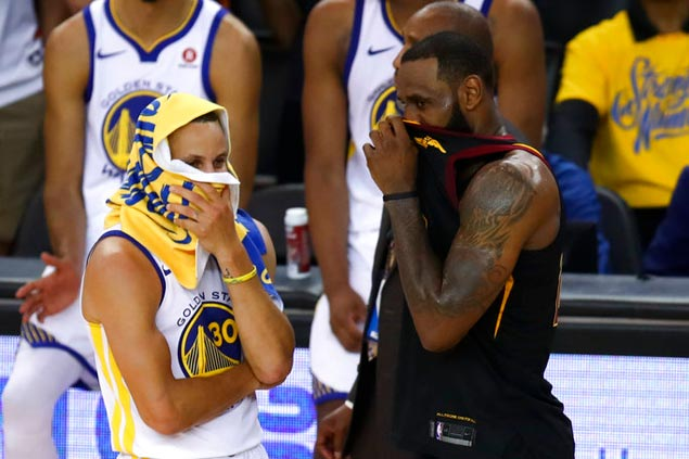 After wasting golden opportunity, Cavs carry a lot of unwanted baggage to Game 2