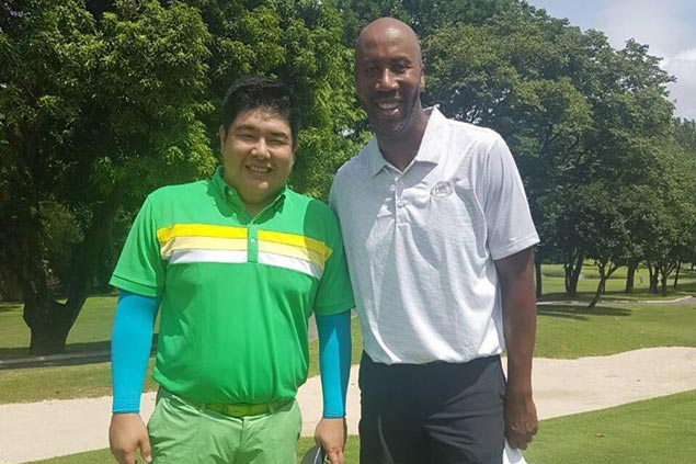 Bruce Bowen sneaks in round of golf during Philippine visit