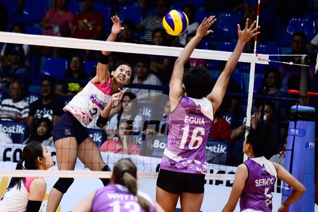 Valdez-led Creamline survives gritty stand by Iriga-Navy for fifth straight PVL win