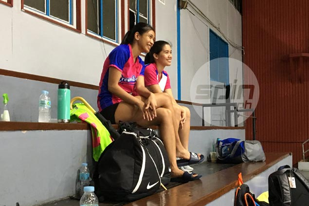 Alyssa Valdez, Jia Morado reaffirm commitment to PH team by showing up for practice