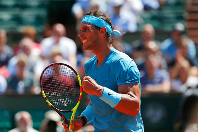 Nadal regains fiery form after rain delay, advances to French Open semifinal vs Del Potro
