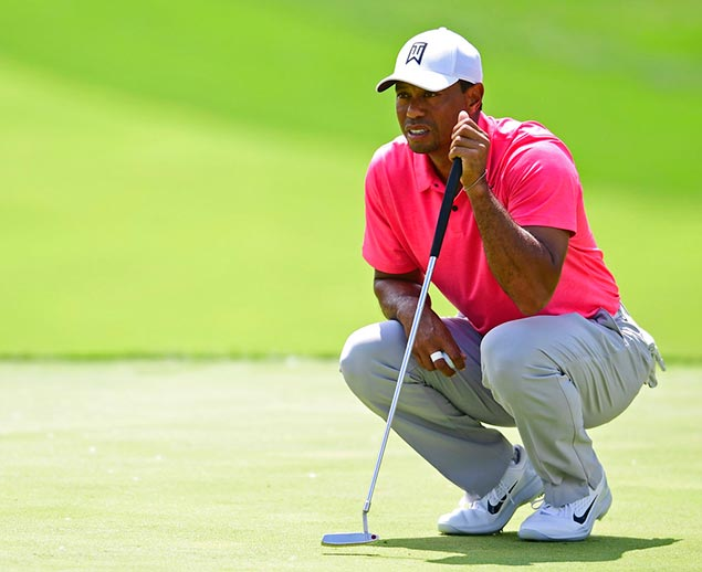 Tiger Woods tees off with World Nos. 1 and 2 at US Open