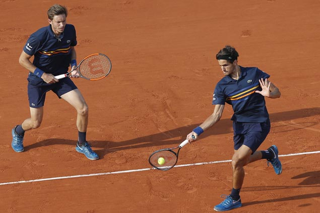 French Davis Cup players Pierre-Hugues Herbert, Nicolas Mahut win doubles title at Roland Garros