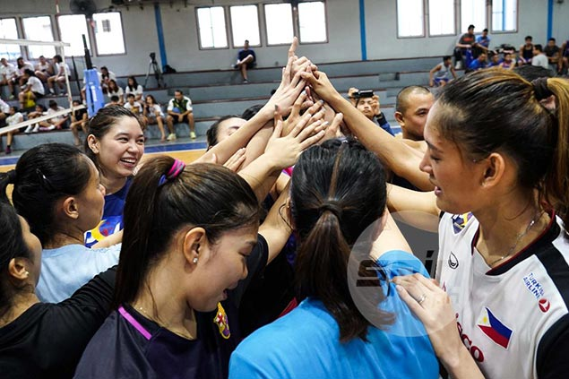 Philippine women's volleyball team begins PSL stint against last year's Invitationals co-champ Cignal