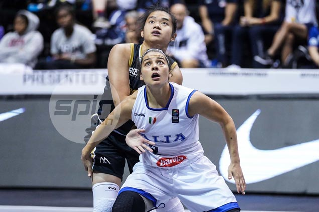 Standing tall among giants, Italy's Rae Lin D'Alie endears self to Filipino fans