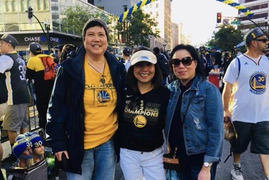 Big Filipino community comes out in full force to join Warriors' victory celebration