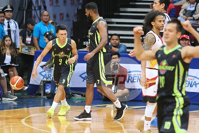GlobalPort endures ejection of import White to claim a scalp of error-prone San Miguel