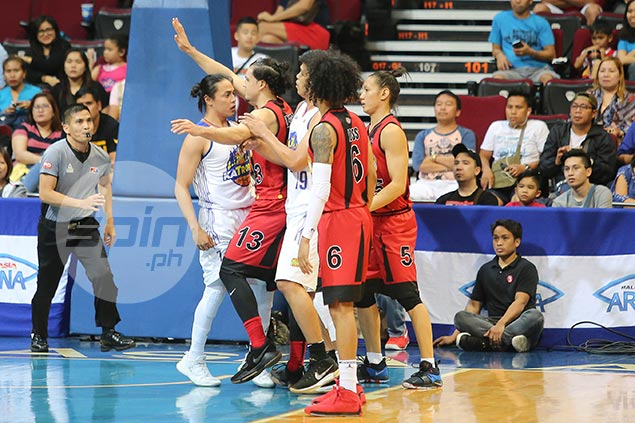 Terrence Romeo, Marcio Lassiter engage - not in shootout - but commotion leading to ejection