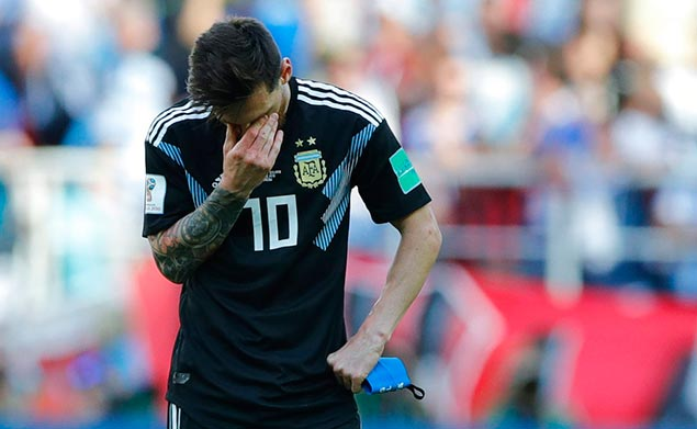 Lionel Messi misses penalty as Argentina settles for draw vs Iceland in World Cup debut