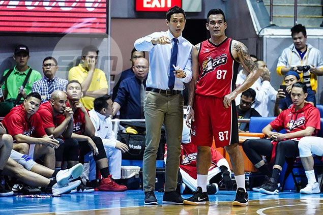 Not even Meralco's league-best defense can cool down Alaska's in-form Vic Manuel