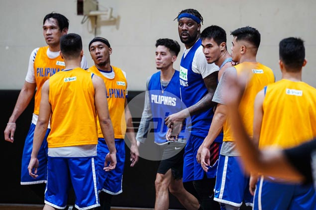 Gilas finally enjoys near-complete attendance a week before departure for Taipei qualifier