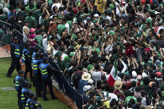 Fifa opens disciplinary proceedings against Mexico for anti-gay chants during match against Germany
