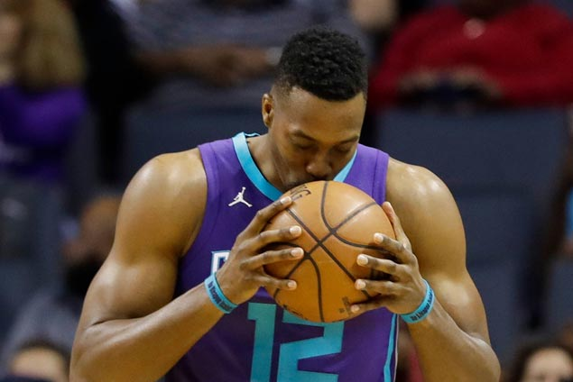 Hornets agree to trade Dwight Howard to Nets for Timofey Mozgov, says source