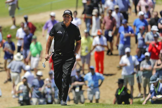 Phil Mickelson apologizes for intentionally violating golf rules at US Open