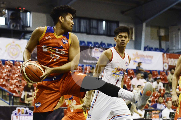 Gab Banal, Jai Reyes rescue Go for Gold in face of furious Marinerong Pilipino fightback