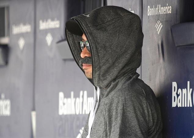 Ichiro Suzuki sneaks into Seattle Mariners game in disguise