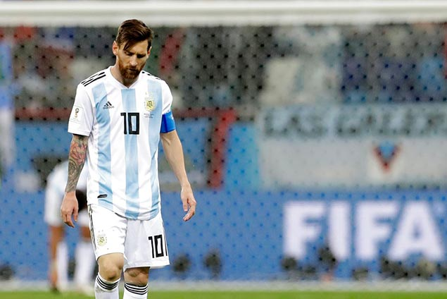 Argentina, Messi on verge of World Cup elimination after shutout loss to Croatia