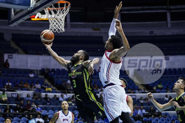 Unstoppable Pringle becomes first local player in 14 years to score 50 in a PBA game