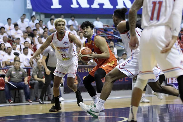 Gab Banal all business as he leads Go for Gold to victory over former D-League team
