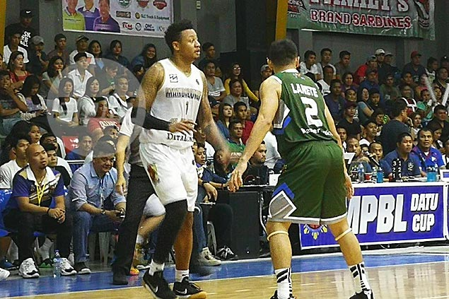 Parks, Rivero bounce back, lead Mandaluyong past Zamboanga for maiden MPBL win