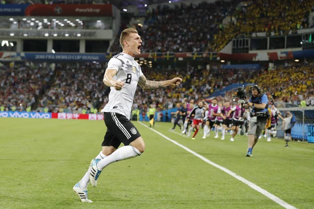 Dramatic last-minute Toni Kroos strike lifts Germany past Sweden to revive title defense