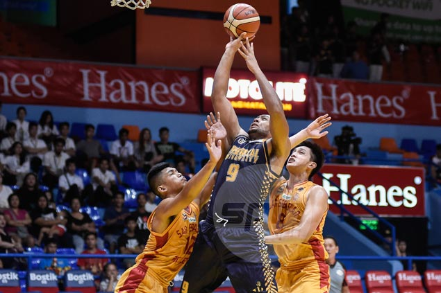 JRU Bombers use late rally to ease past Stags and get back on winning track