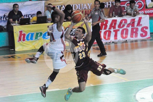 Cagayan Valley squeaks past Racal Motors in overtime to stay unbeaten