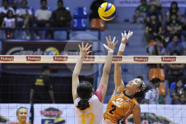 Meralco continues to show improved play, downs Baguio to gain share of V-League lead
