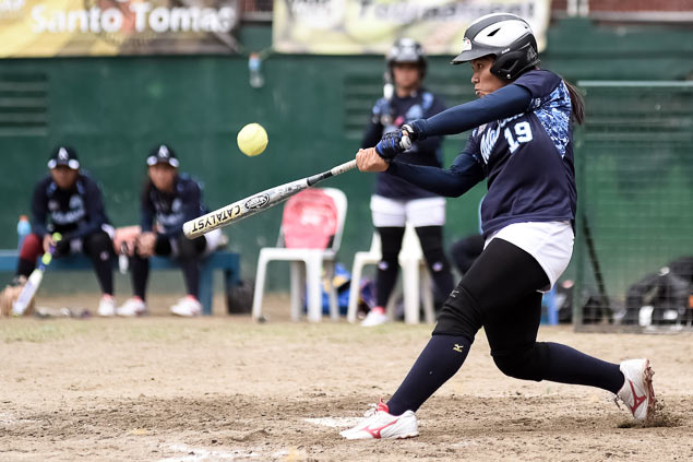 Lady Falcons, Tigresses set up title showdown in UAAP softball