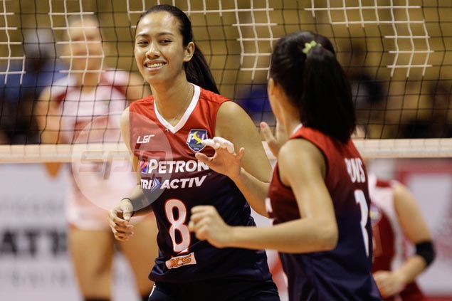 Petron takes solo lead in Super Liga with straight-sets victory over hapless Cignal