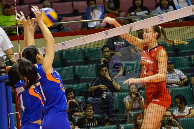 Alaina Bergsma stars as Petron Blaze bounces back and pushes Foton out of semifinal picture