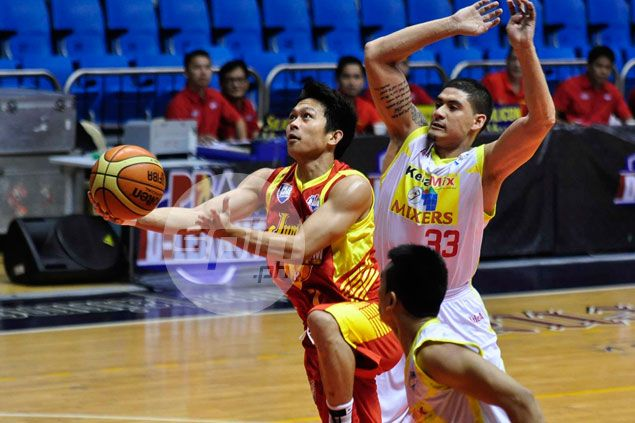 Alex Almario tries luck in rookie draft as OFW days over for former JRU stalwart