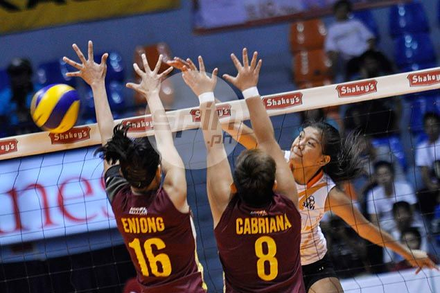 Alyssa Valdez stars as PLDT downs Fourbees to complete sweep of V-League elims