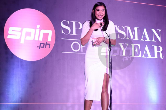 Alyssa Valdez honors mother, her first coach, at Spin.ph Sportsman of the Year awards