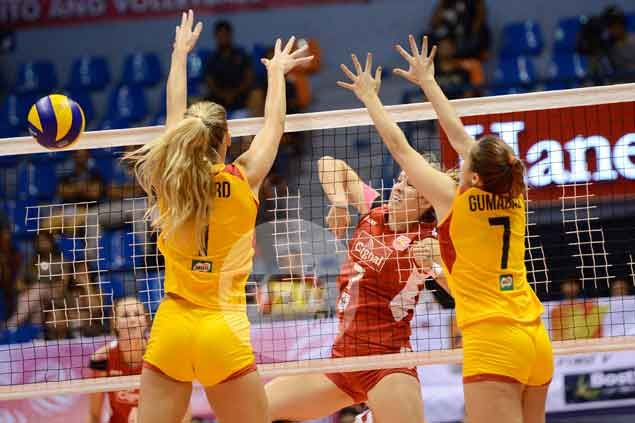 Cignal assumes unfamiliar role of Superliga leader after five-set win over Philips Gold