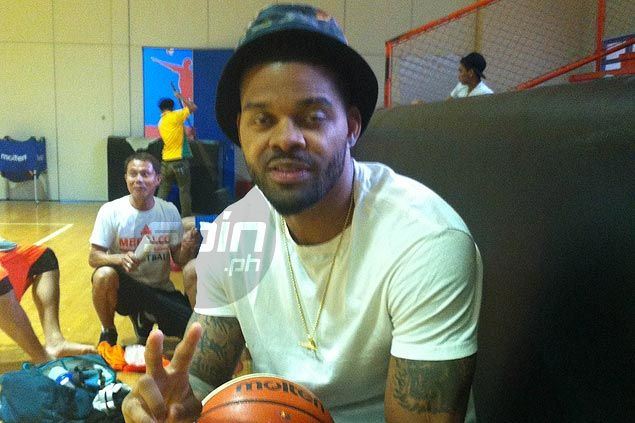 Meralco import Andre Emmett rooting for Manny Pacquiao, excited to meet the Kia Carnival coach