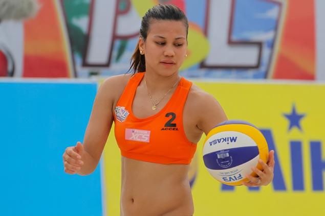 Bang Pineda, Aiza Maizo eliminate Aby Marano, Danika Gendrauli to reach PSL beach volley semis