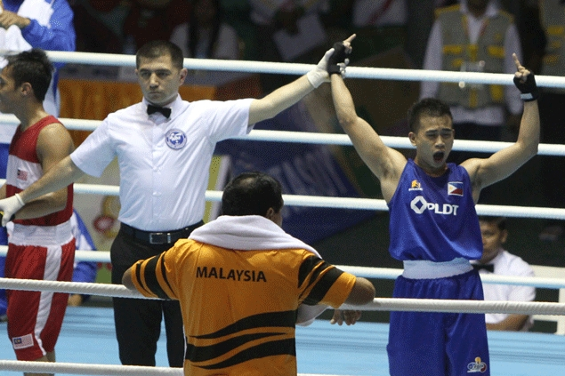 Manny Pacquiao out to inspire Mark Barriga as former Olympian battles Thai veteran in China