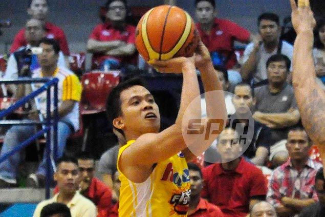 Hapee survives Adeogun ejection to deal Cebuana Lhuillier first loss in Foundation Cup