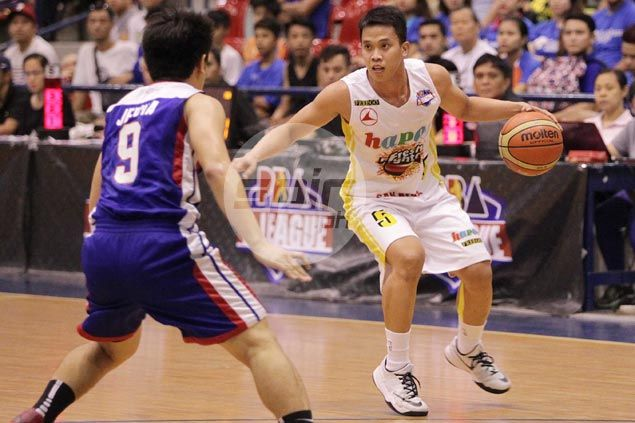Hapee one win away from back-to-back D-League titles after downing Cafe France in Game One