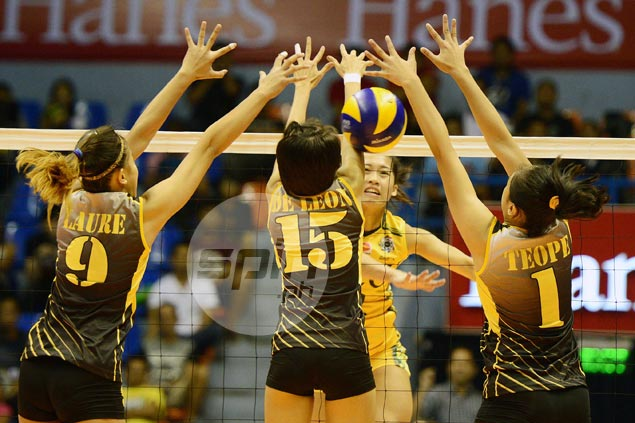 FEU Lady Tamaraws fight back from a set down to beat UST Tigresses in UAAP