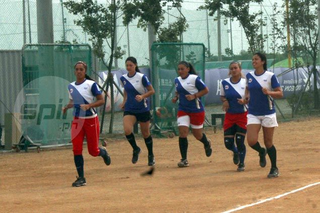 Blu Girls narrowly lose to Chinese Taipei but still have chance to reach page playoffs in Asian Games softball