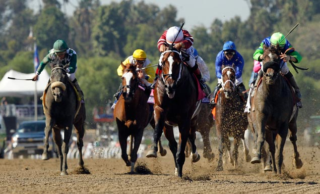 Upsets galore on second day of Breeders' Cup