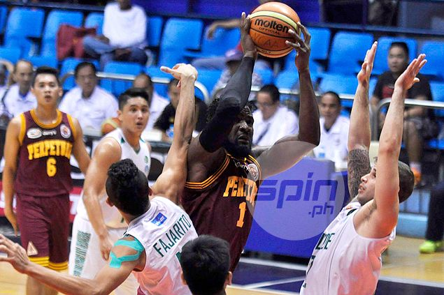 Akhuetie shines bright with 44-point, 19-rebound effort in Altas win over Blazers