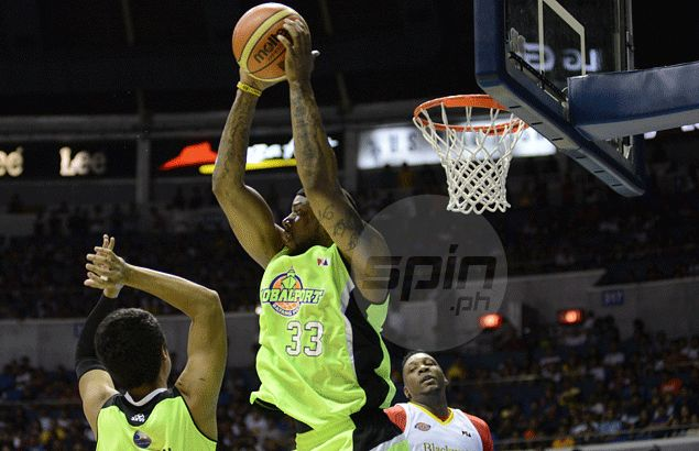 Globalport's 1-2 punch strikes again as Batang Pier prove too much against Blackwater