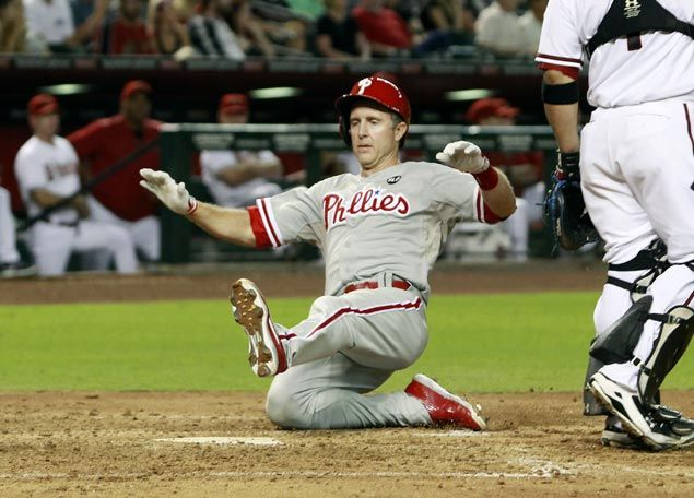 Phillies agree to trade Chase Utley to Dodgers, according to sources