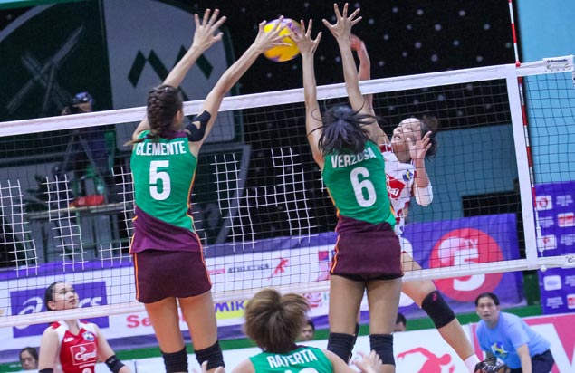 Cherry May Vivas leads way as Cignal recovers from a set down to beat Amy's Kitchen