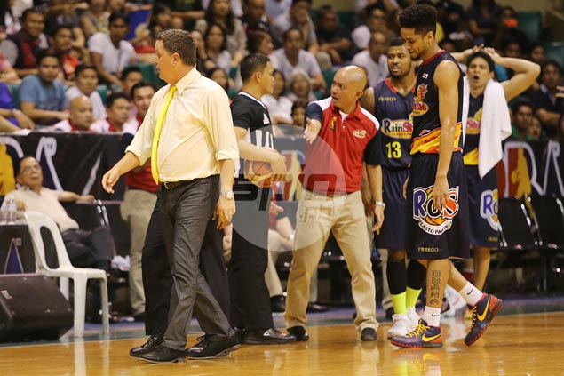 Ginebra coach Tim Cone does a Houdini, eludes waiting reporters after Game One rant
