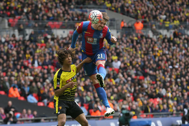 Crystal Palace beats Watford to set up FA Cup title showdown with Manchester United