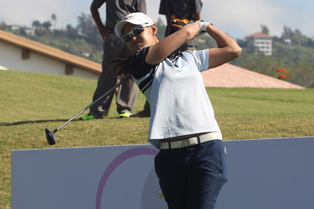 Top Filipina pro Cyna Rodriguez, amateur star Princess Superal head local charge in LPGT opener